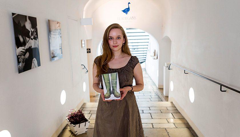 Im Gespräch mit … Buchautorin Alina Herbing